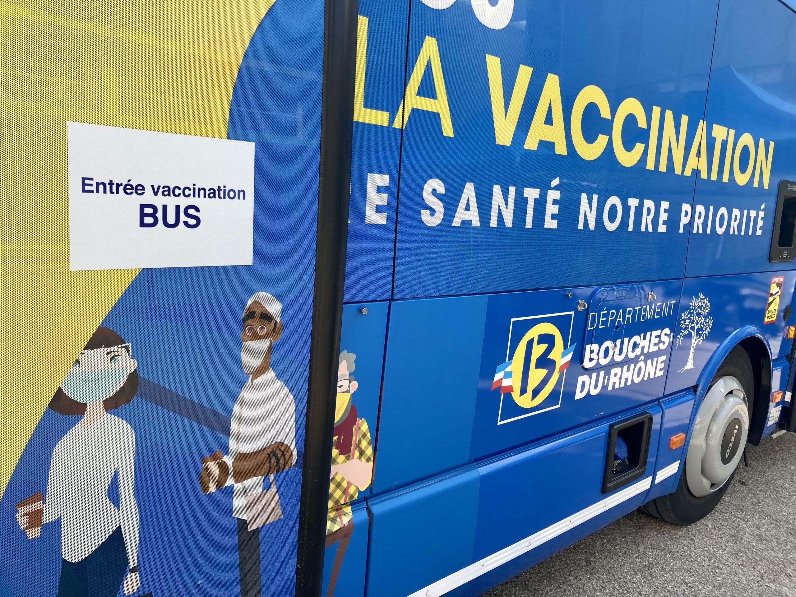 La Vaccinobus continue sa tournée à Aix-Marseille-Université